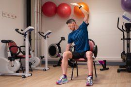 Séance de coaching, exercice en salle de gym douce, Brunet Yoann Coach sportif
