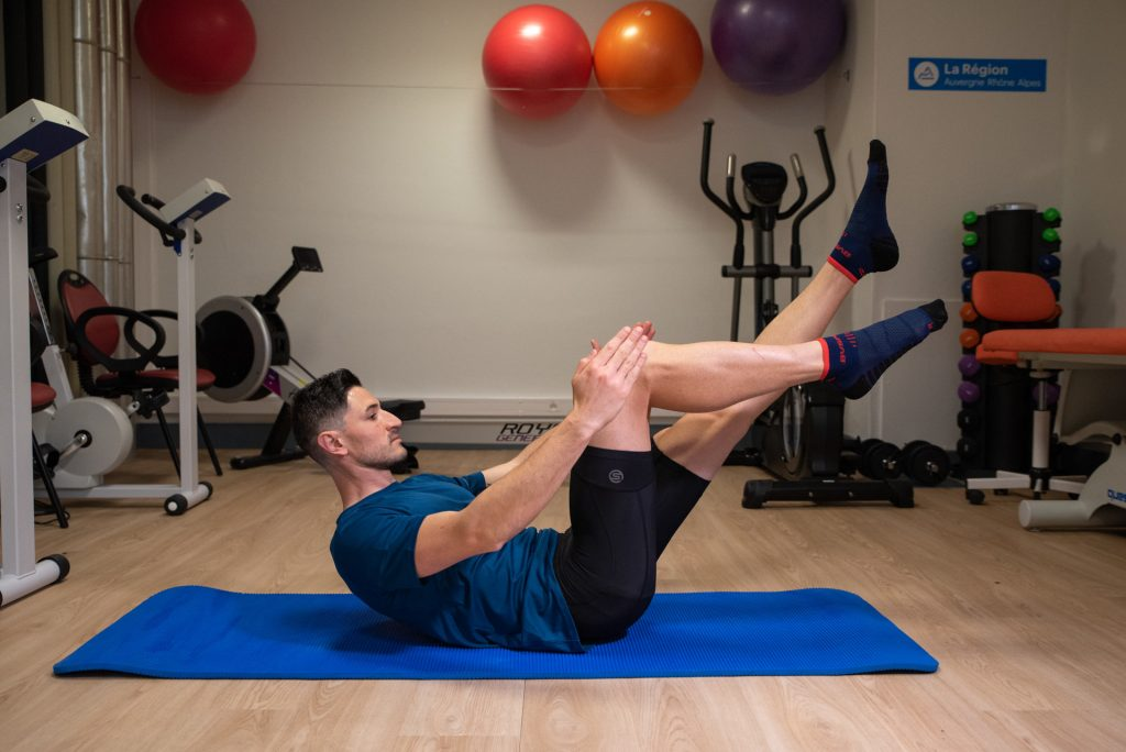 Séance de coaching, exercice en salle, Coach sportif Brunet Yoann, Pilates, abdominaux