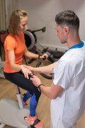 CHU Intervenant en activité physique adaptée Brunet Yoann CHU de Grenoble, prise de pouls, fc